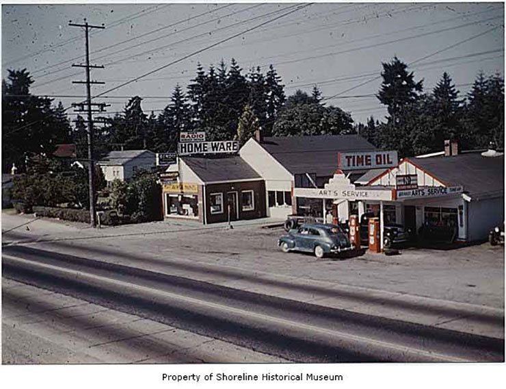 Arts_Service_Station_and_Bobs_Radio_Service_Richmond_Highlands_ca_1945(x568)